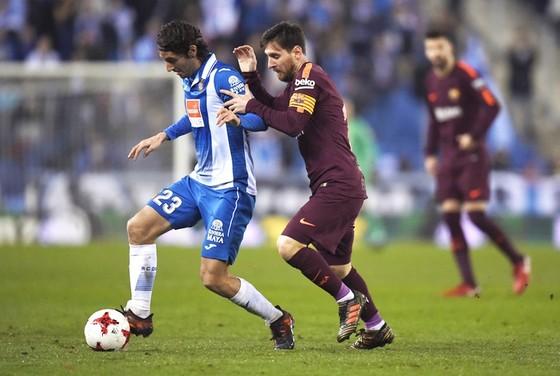 """Messi không hóa """"siêu nhân"""", Barca thua trận đầu tiên"""