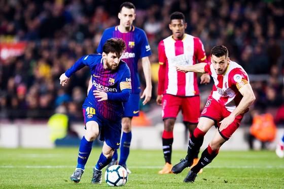 Ronaldo gọi, Messi trả lời, Real cùng Barca thắng đậm ảnh 1