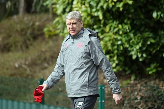 HLV Arsene Wenger nhiều khả năng sẽ tiếp cục cùng Arsenal. Ảnh: Getty Images