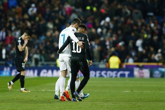 Real khó dung hòa Ronaldo và Neymar nếu chung màu áo. Ảnh: Getty Images