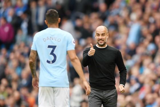 HLV Pep Guardiola cam kết sẽ cải thiện chất lượng Man.City. Ảnh: Getty Images