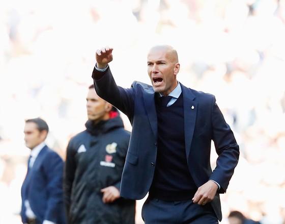 El Clasico: Khi Real chẳng sợ Messi và Camp Nou  ảnh 1