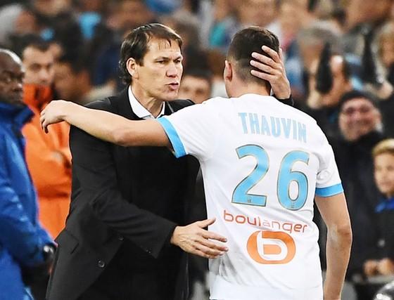 Chung kết Europa League: Ngày cựu vương khôi phục uy quyền ảnh 2