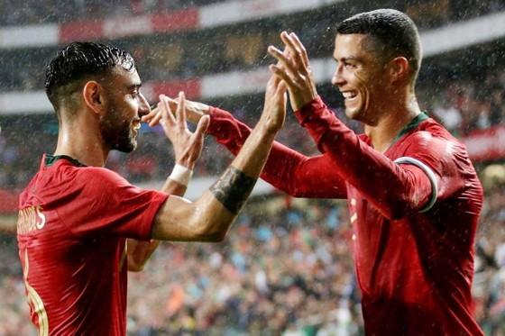 Ronaldo không ghi bàn, nhưng Bồ Đào Nha vẫn thắng.Ảnh Getty Images