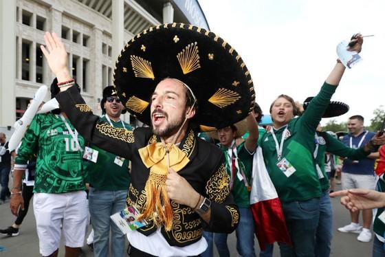 Người hâm mộ Mexico chưa bao giờ thua kém về sự cuồng nhiệt. Ảnh: Getty Images