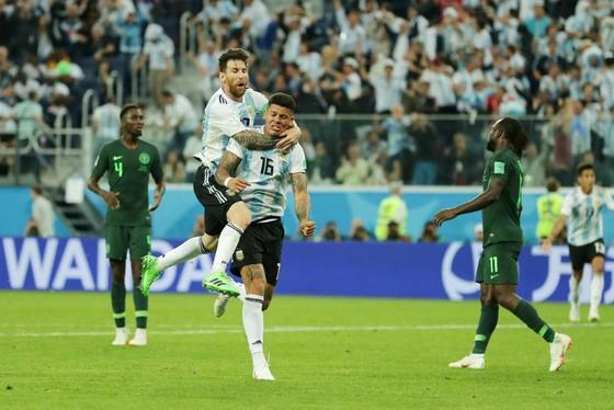 Messi trải lòng sau khi Argentina thoát hiểm phút cuối  ảnh 1