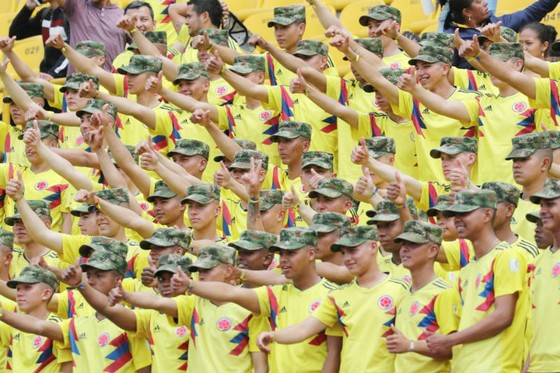 Bại trận trước Anh, Colombia vẫn được chào đón như những người hùng  ảnh 2