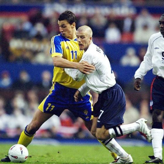 Ibrahimovic thách thức Beckham trước thềm đại chiến Anh – Thụy Điển. Ảnh: Twitter