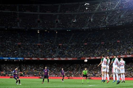 Khả năng sút phạt của Messi tốt dần theo thời gian. Ảnh: Getty Images