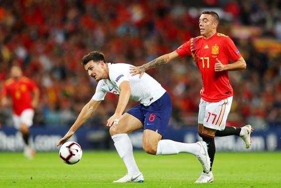 Hàng thủ tuyển Anh có ngày thi đấu đáng quên. Ảnh Getty Images