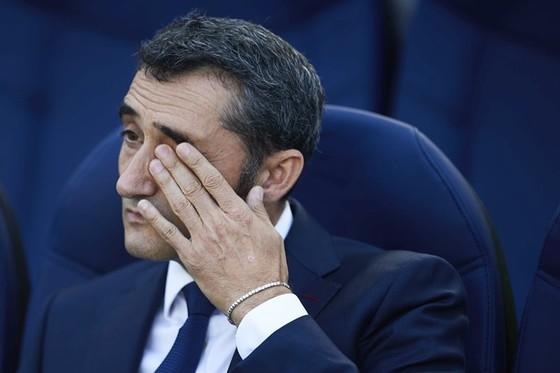 Có quá nhiều vấn đề với Barca của Valverde. Ảnh Getty Images.