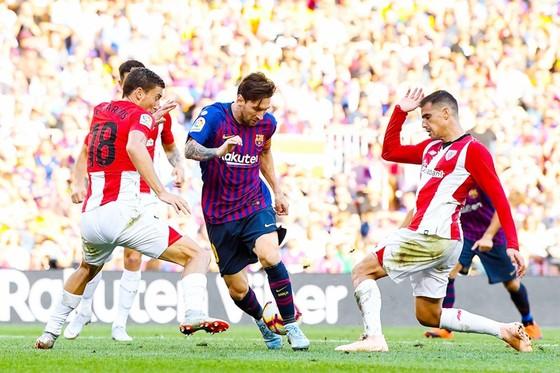 Messi dự bị và không thể xoay chuyển tình thế cho Barca khi vào sân. Ảnh Getty Images.