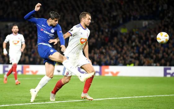 Europa League: Chelsea, Arsenal và chiến công của đội hình 2 ảnh 1
