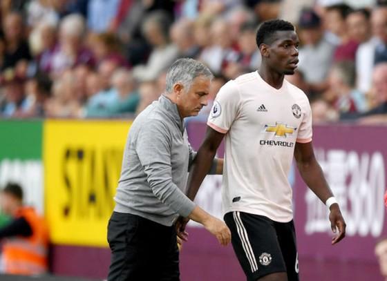 Mới quan hệ giữa Paul Pogba và Jose Mourinho đang nồng ấm trở lại. Ảnh: Getty Images