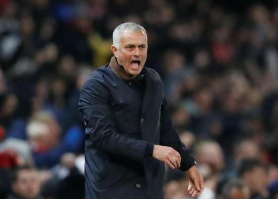 Được De Gea giải nguy, Mourinho ra sức tán dương người hùng ảnh 1