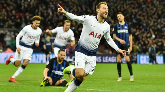 Liverpool nguy cấp, Tottenham sáng lên hy vọng ảnh 1