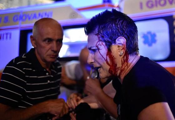 Hàng trăm cổ động viên Juventus bị thương khi xem Chung kết Champions League ảnh 1