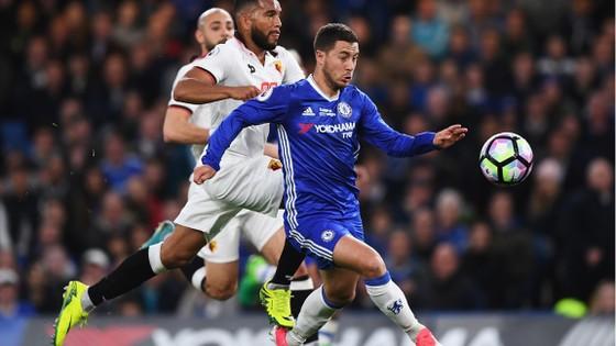Eden Hazard (phải) đang là một trong những ngôi sao tấn công đẳng cấp hàng đầu.