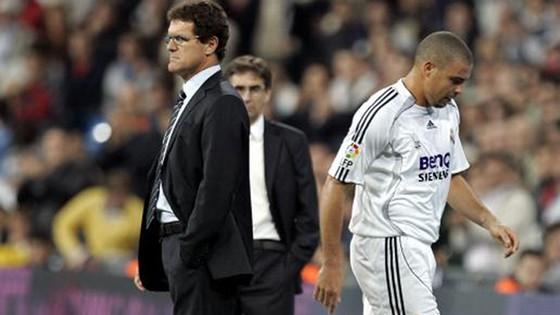Ronaldo không được lòng HLV Capello.