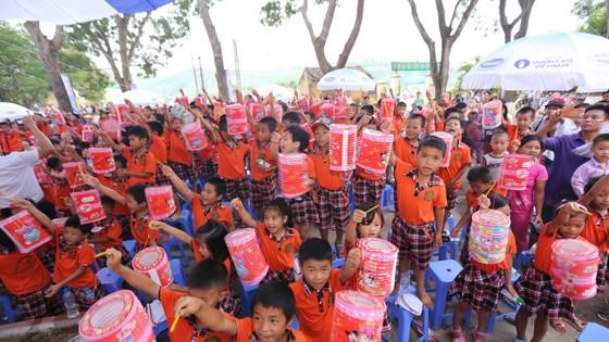 Mang Tết Trung thu đến với trẻ em tỉnh Vĩnh Phúc ảnh 1