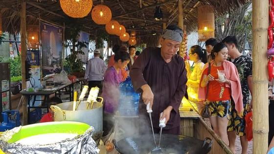 Saigontourist tham gia Liên hoan ẩm thực toàn quốc - Quảng Ninh 2018  ảnh 3