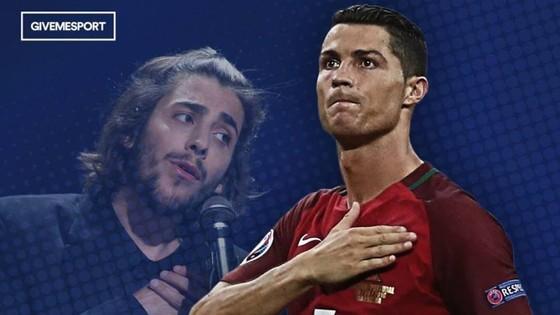Salvador Sobral nhắc tới C. Ronaldo khi giành danh hiệu lớn cho Bồ Đào Nha.