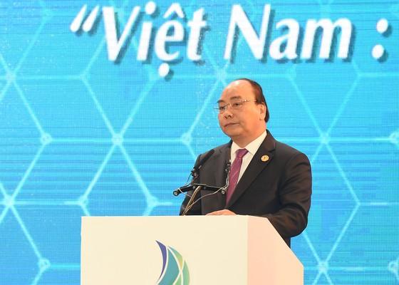 Thủ tướng phát biểu khai mạc Hội nghị Thượng đỉnh Kinh doanh VBS ảnh 1
