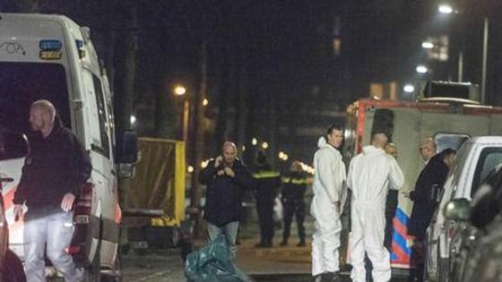 Nổ súng ở thủ đô Amsterdam, ít nhất 1 người đã thiệt mạng ảnh 1