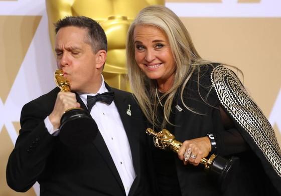 """""""The Shape of Water"""" thắng giải Oscar Phim hay nhất ảnh 8"""