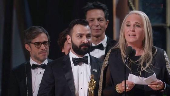 """""""The Shape of Water"""" thắng giải Oscar Phim hay nhất ảnh 7"""