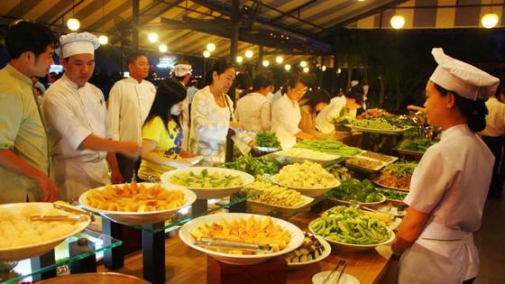 Chương trình ẩm thực, vui chơi giải trí dịp lễ 30-4 & 1-5 ảnh 1