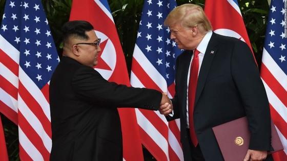 """Lãnh đạo Mỹ - Triều Tiên đã ký văn kiện """"rất quan trọng và toàn diện"""" ảnh 5"""