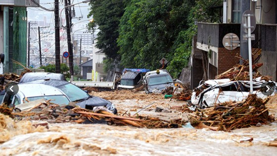 Hơn 100 người chết và mất tích trong đợt mưa lớn kỷ lục tại Nhật ảnh 15