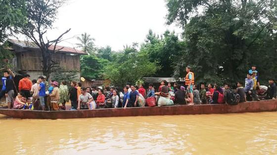Người dân khu vực hạ lưu được thông báo sơ tán trước khi xảy ra sự cố vỡ đập thủy điện Sepien Senamnoi? ảnh 3
