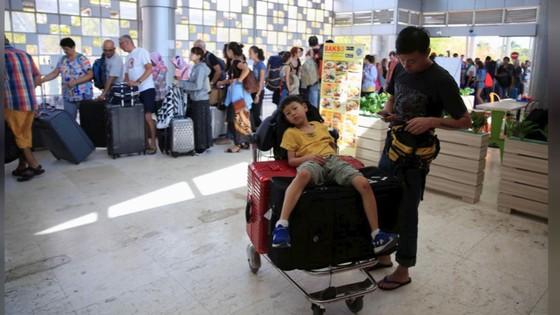 Động đất tại Indonesia: Sơ tán 900 du khách trên quần đảo gần Lombok ảnh 5