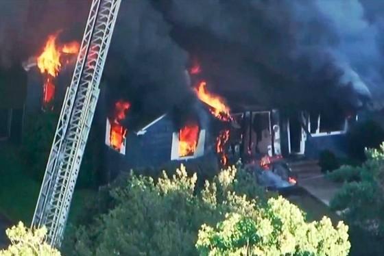 Hàng chục vụ nổ khí gas ở ngoại ô TP Boston, 1 người thiệt mạng, 12 người bị thương ảnh 13