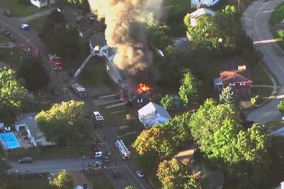 Hàng chục vụ nổ khí gas ở ngoại ô TP Boston, 1 người thiệt mạng, 12 người bị thương ảnh 14