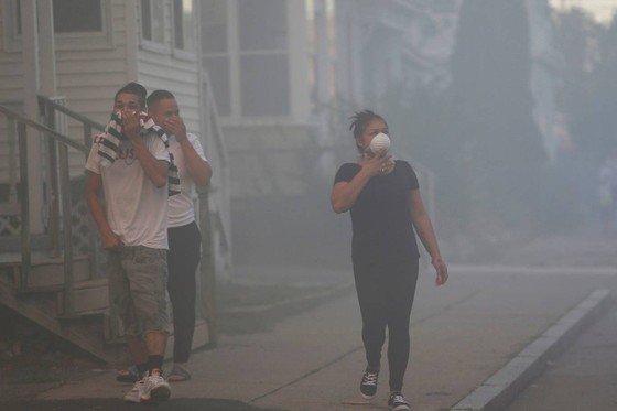 Hàng chục vụ nổ khí gas ở ngoại ô TP Boston, 1 người thiệt mạng, 12 người bị thương ảnh 19