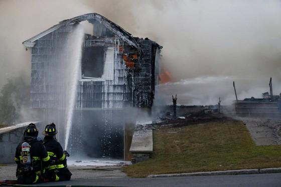 Hàng chục vụ nổ khí gas ở ngoại ô TP Boston, 1 người thiệt mạng, 12 người bị thương ảnh 18