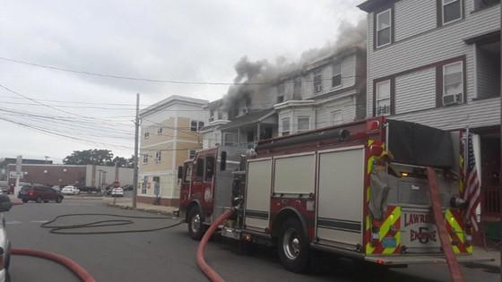 Hàng chục vụ nổ khí gas ở ngoại ô TP Boston, 1 người thiệt mạng, 12 người bị thương ảnh 9