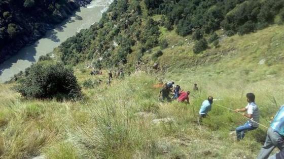 Tai nạn giao thông thảm khốc tại Ấn Độ, ít nhất 13 người thiệt mạng và 13 người bị thương ảnh 2