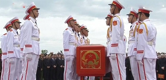 Linh cữu Chủ tịch nước đã về quê hương Quang Thiện ảnh 7