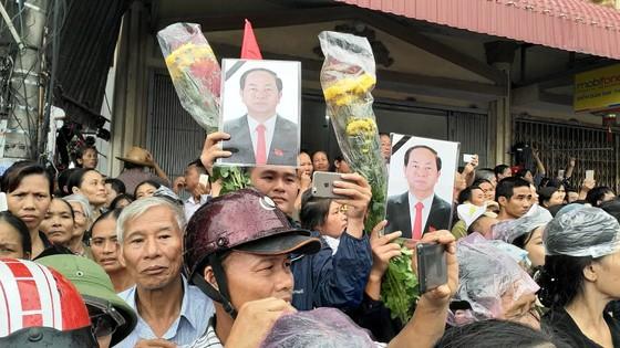 Linh cữu Chủ tịch nước đã về quê hương Quang Thiện ảnh 46