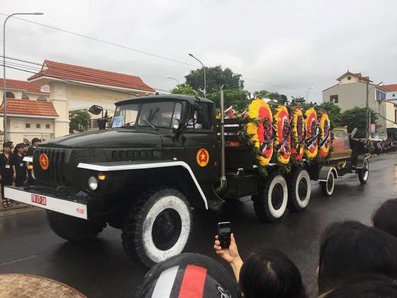 Linh cữu Chủ tịch nước đã về quê hương Quang Thiện ảnh 28