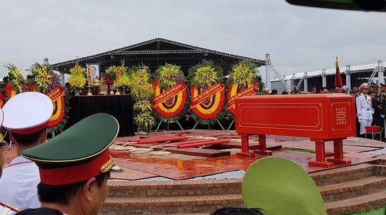 Linh cữu Chủ tịch nước đã về quê hương Quang Thiện ảnh 13