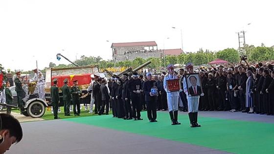 Linh cữu Chủ tịch nước đã về quê hương Quang Thiện ảnh 22