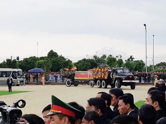 Linh cữu Chủ tịch nước đã về quê hương Quang Thiện ảnh 20