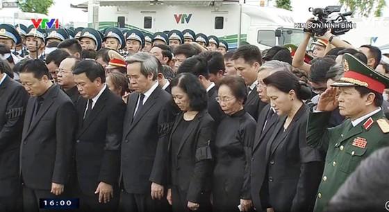 Linh cữu Chủ tịch nước đã về quê hương Quang Thiện ảnh 2