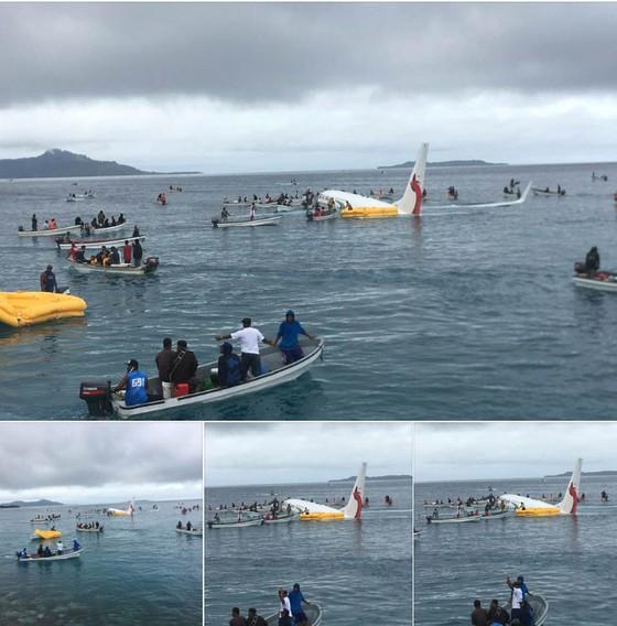 Máy bay chở 47 người trượt khỏi đường băng, lao xuống biển ảnh 3