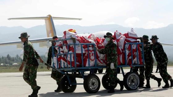 Số người thiệt mạng và mất tích trong vụ động đất và sóng thần tại Indonesia lên tới hơn 1.670 người ảnh 2